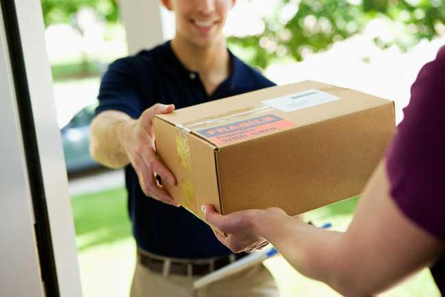last mile courier parcel delivery